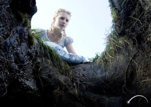 Alice_Still02